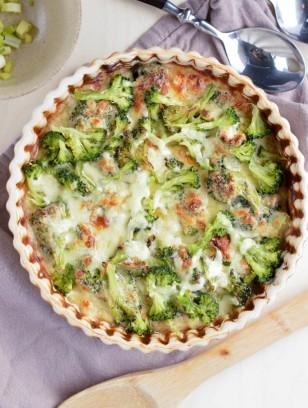 CREAMY BROCCOLI QUINOA CASSEROLE-HEALTHY GLUTEN FREE DINNER